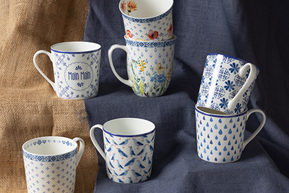 Tea mugs / cups