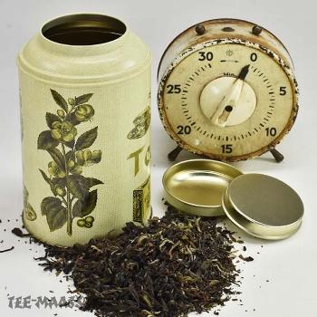 Teedose gefüllt