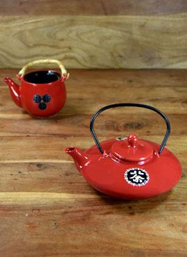 Teekannen im Laufe der Zeit